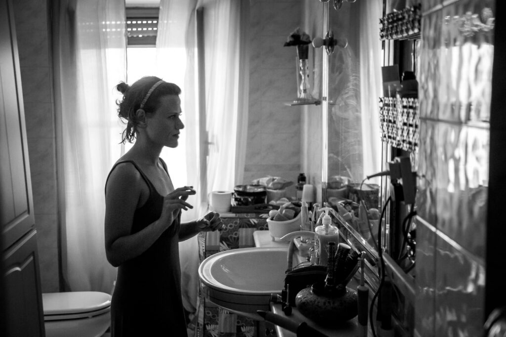 bride getting ready before her wedding in sicily