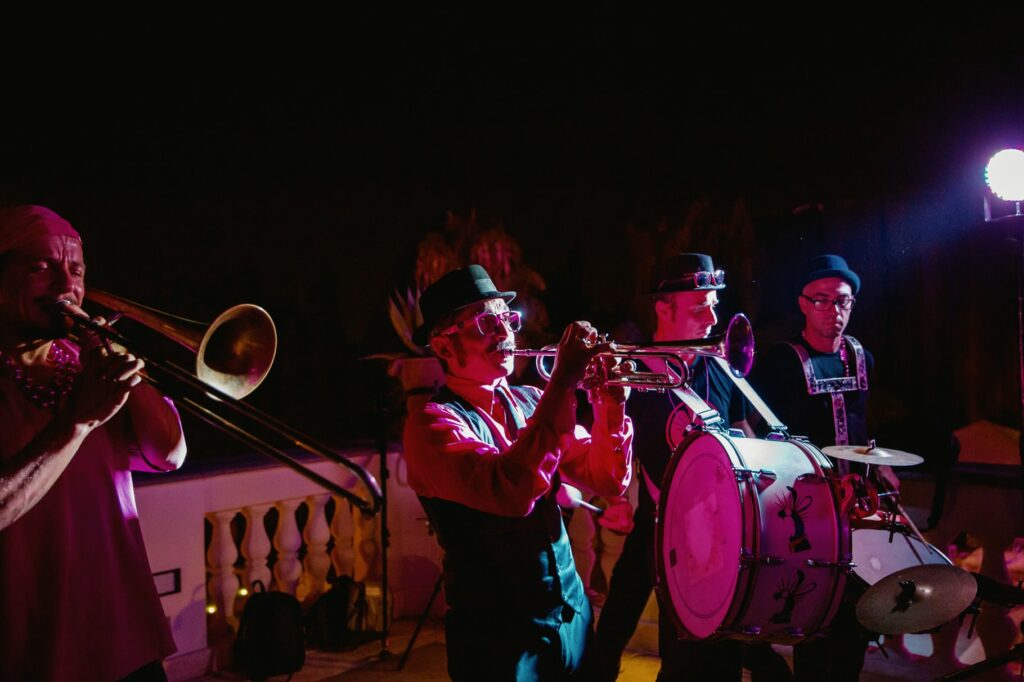 music brass band playing at wedding in villa miani