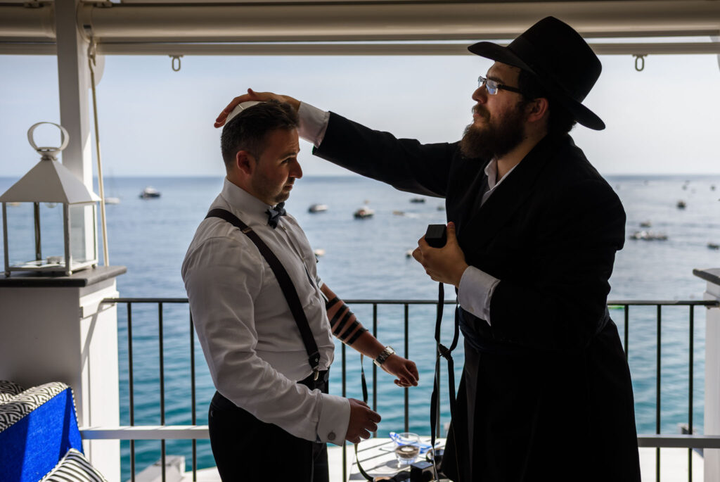outdoor jewish wedding at rada of positano the blessing of the groom